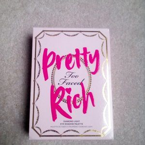 Too Faced Pretty Rich Diamond Light Eye Shadow Set